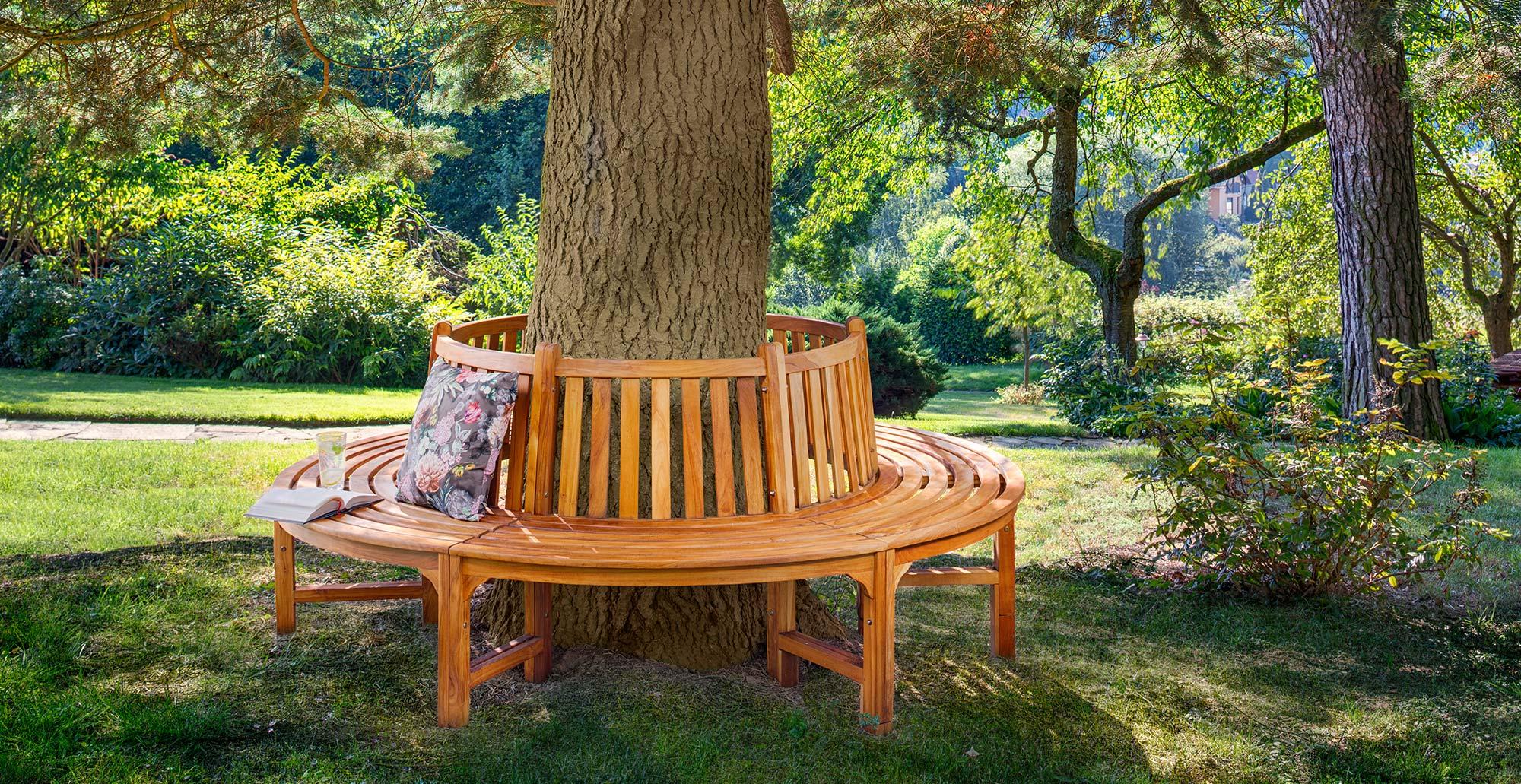 Zahradní lavice