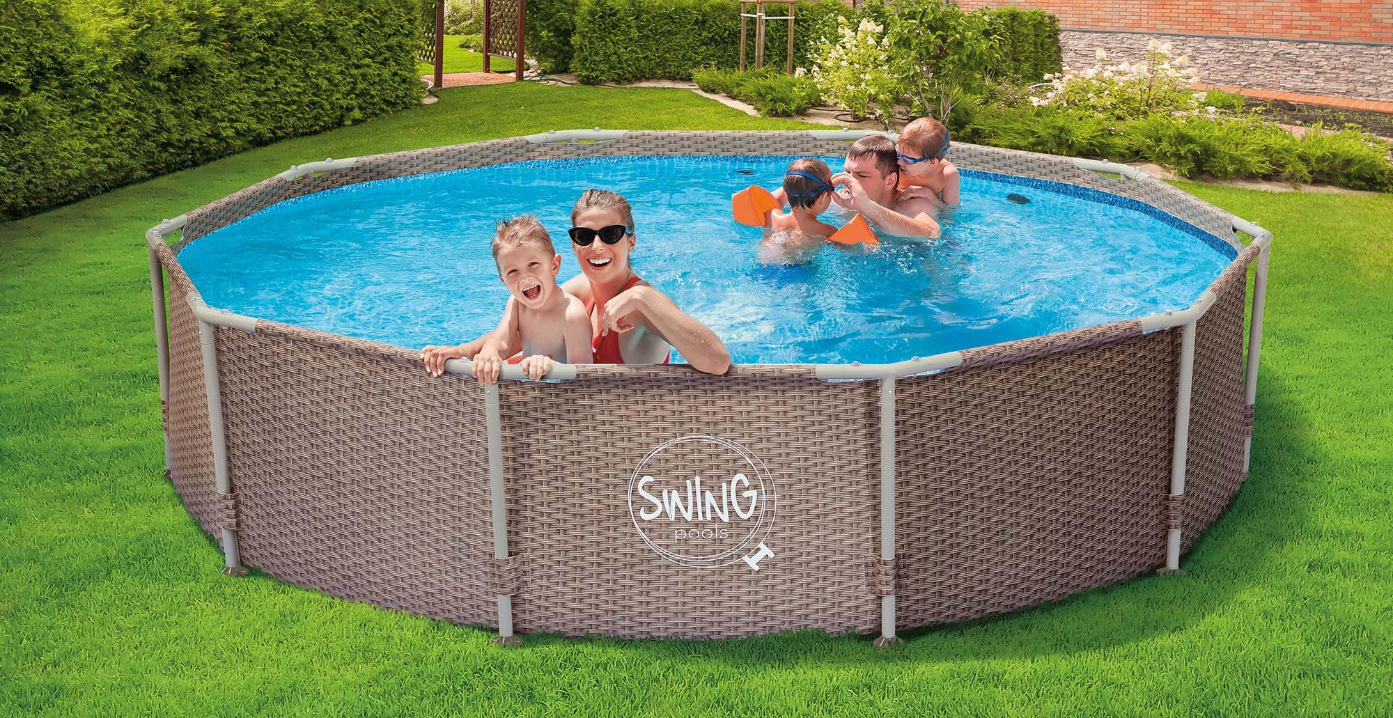 Bazén s konstrukcí