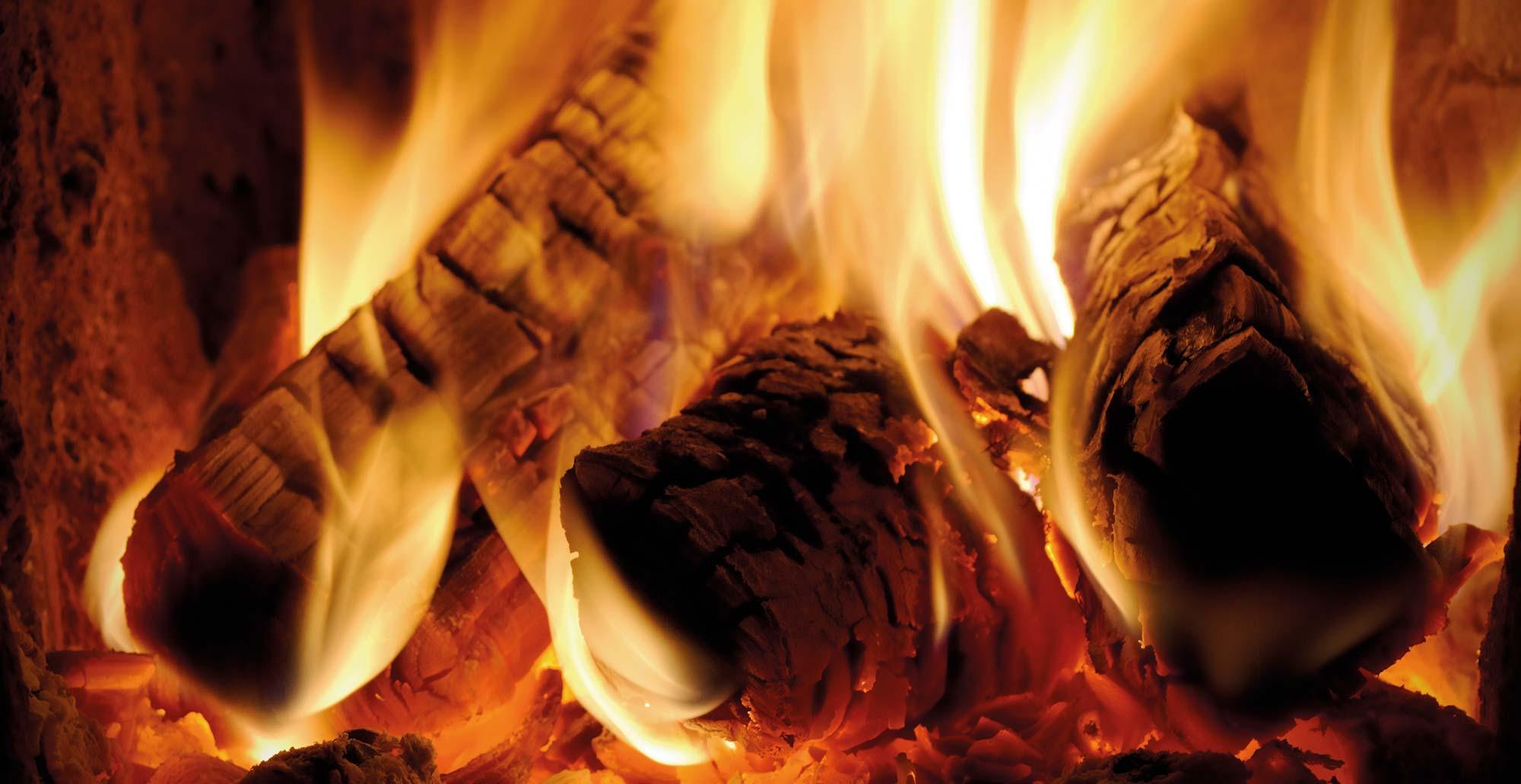 Oheň v kachliach